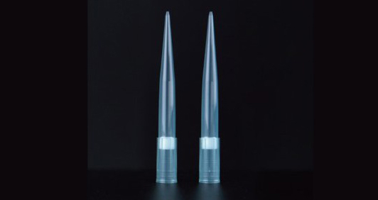 Low retention pipette tip